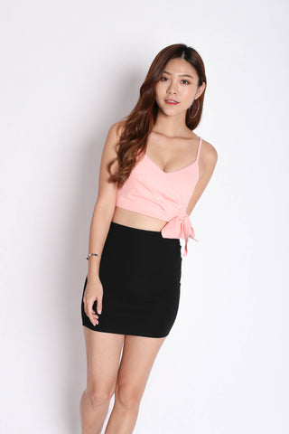 CLASSIC MINI BODYCON SKIRT IN BLACK