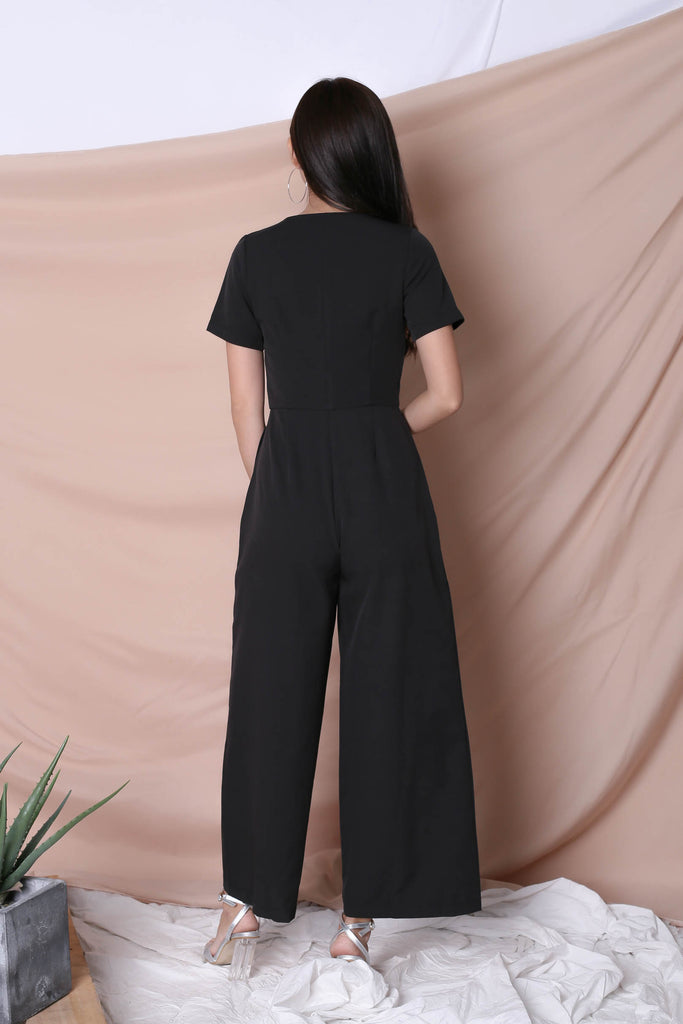 *TPZ* (PREMIUM) XANTHA FRONT ZIPPER JUMPSUIT IN BLACK - TOPAZETTE