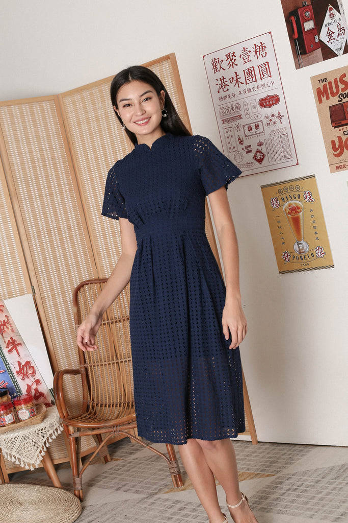 *TPZ* JINYU COLLARED EYELET DRESS IN NAVY