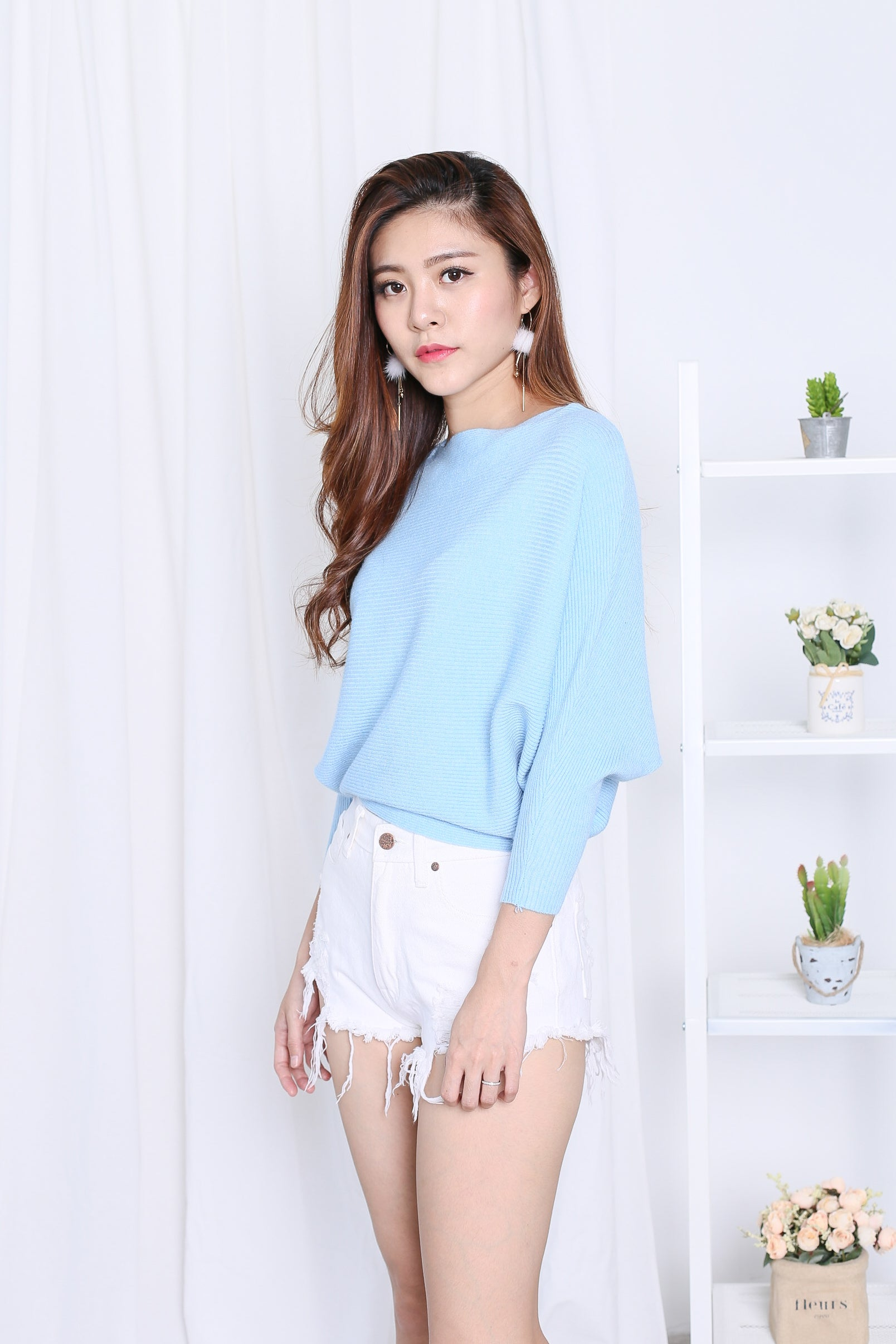 *RESTOCKED* LEIA SLOUCH KNIT TOP IN SKY BLUE