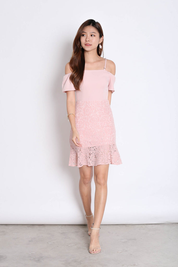 *TPZ* (PREMIUM) YVETTA LACE DRESS IN DUSTY PINK - TOPAZETTE