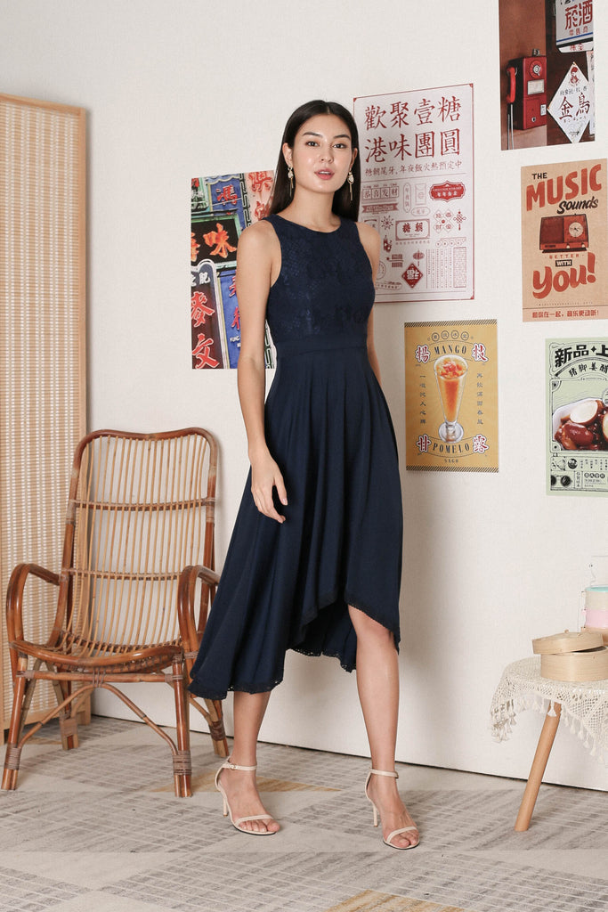 *TPZ* ULYS LACE DRESS IN NAVY