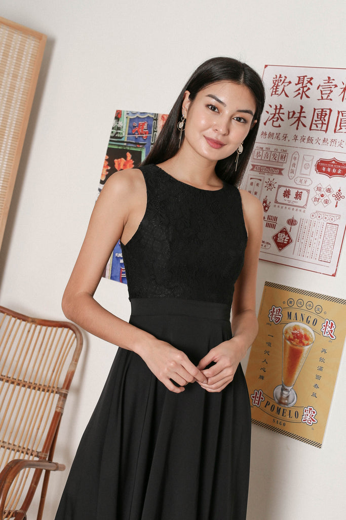 *TPZ* ULYS LACE DRESS IN BLACK