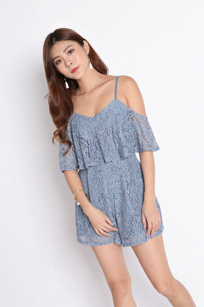 *TPZ* (PREMIUM) GERVELLE LACE ROMPER IN DUSTY BLUE - TOPAZETTE