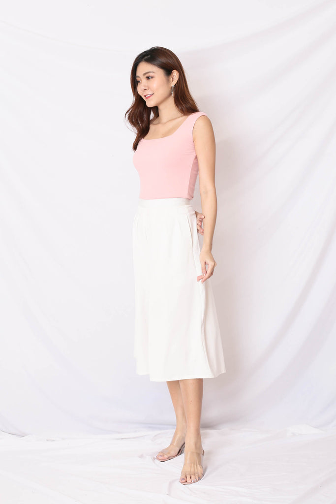 (PREMIUM) ILLY RIBBED SQUARE NECK TOP IN BABY PINK