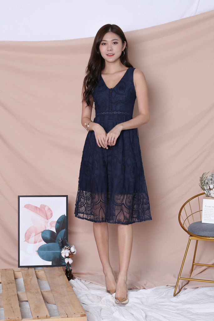 *TPZ* (PREMIUM) KASIA ORGANZA LACE DRESS IN NAVY - TOPAZETTE