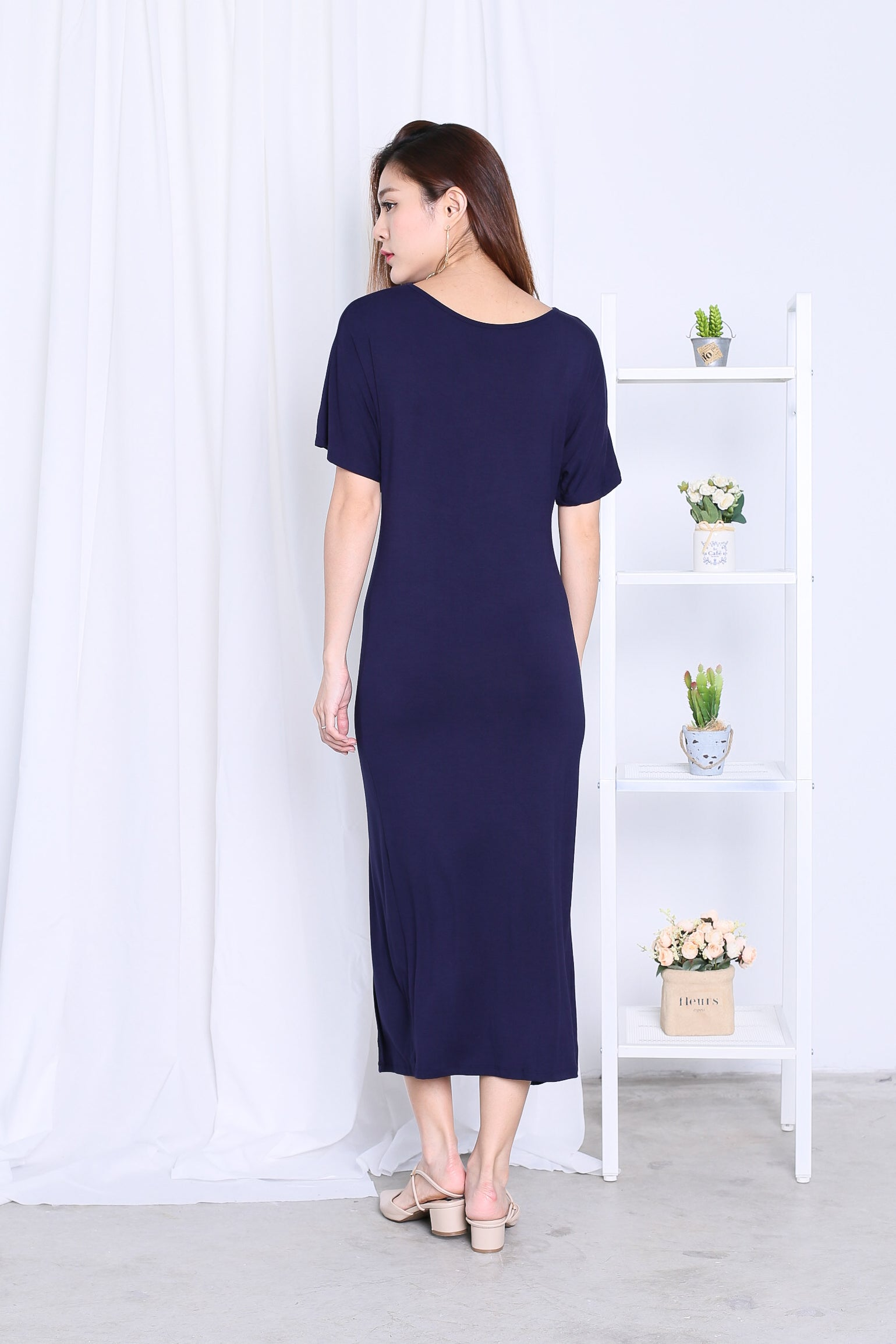 *BACKORDER* JORDYN SLIT MAXI IN NAVY