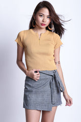 ZIPPED KNIT TOP IN MUSTARD