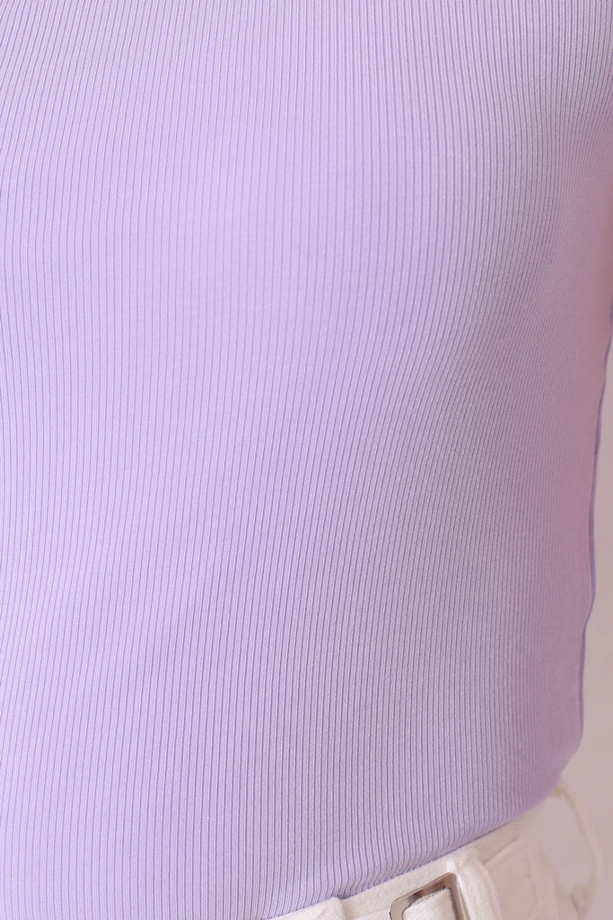(PREMIUM) UMI RIBBED TOGA TOP IN LILAC