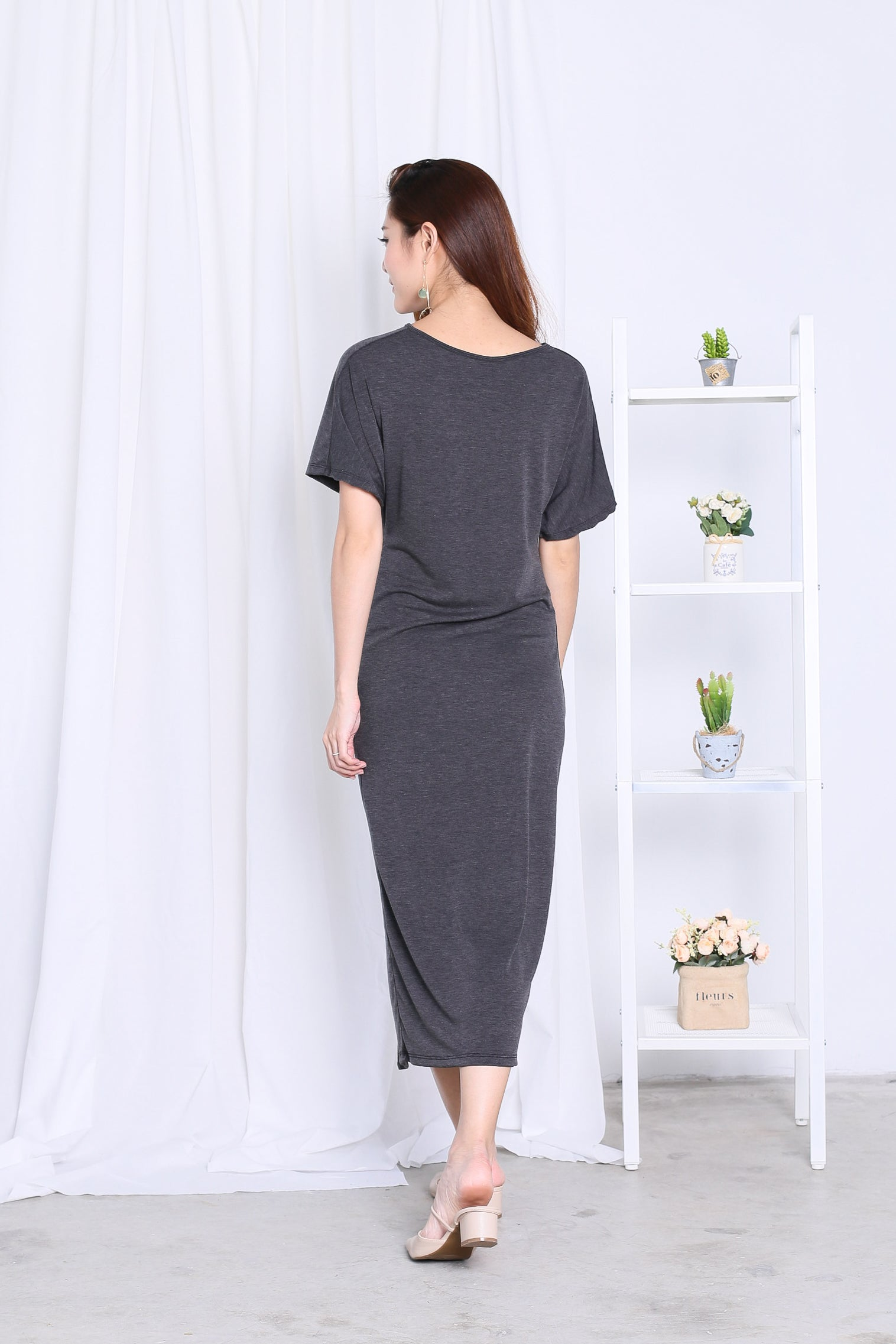 *BACKORDER* JORDYN SLIT MAXI IN DARK GREY