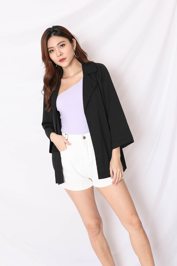 *TPZ* (PREMIUM) BEST OF BOTH WORLDS BLAZER AND SHORTS SET IN BLACK