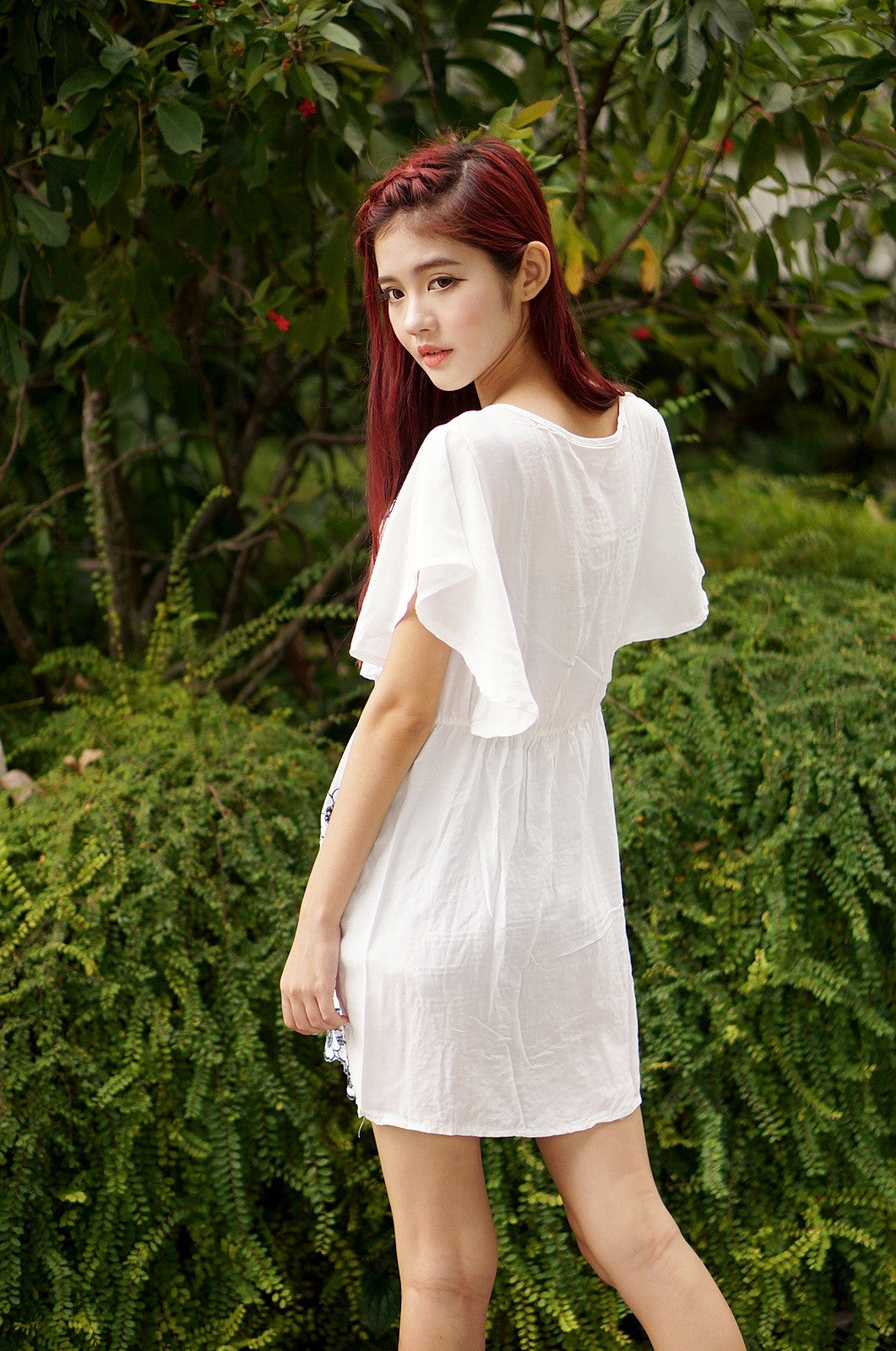 BEVEL EMBROIDERY DRESS IN WHITE - TOPAZETTE