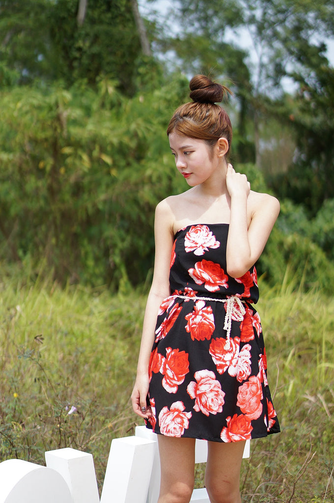 AZALEA FLORAL DRESS IN BLACK/RED - TOPAZETTE