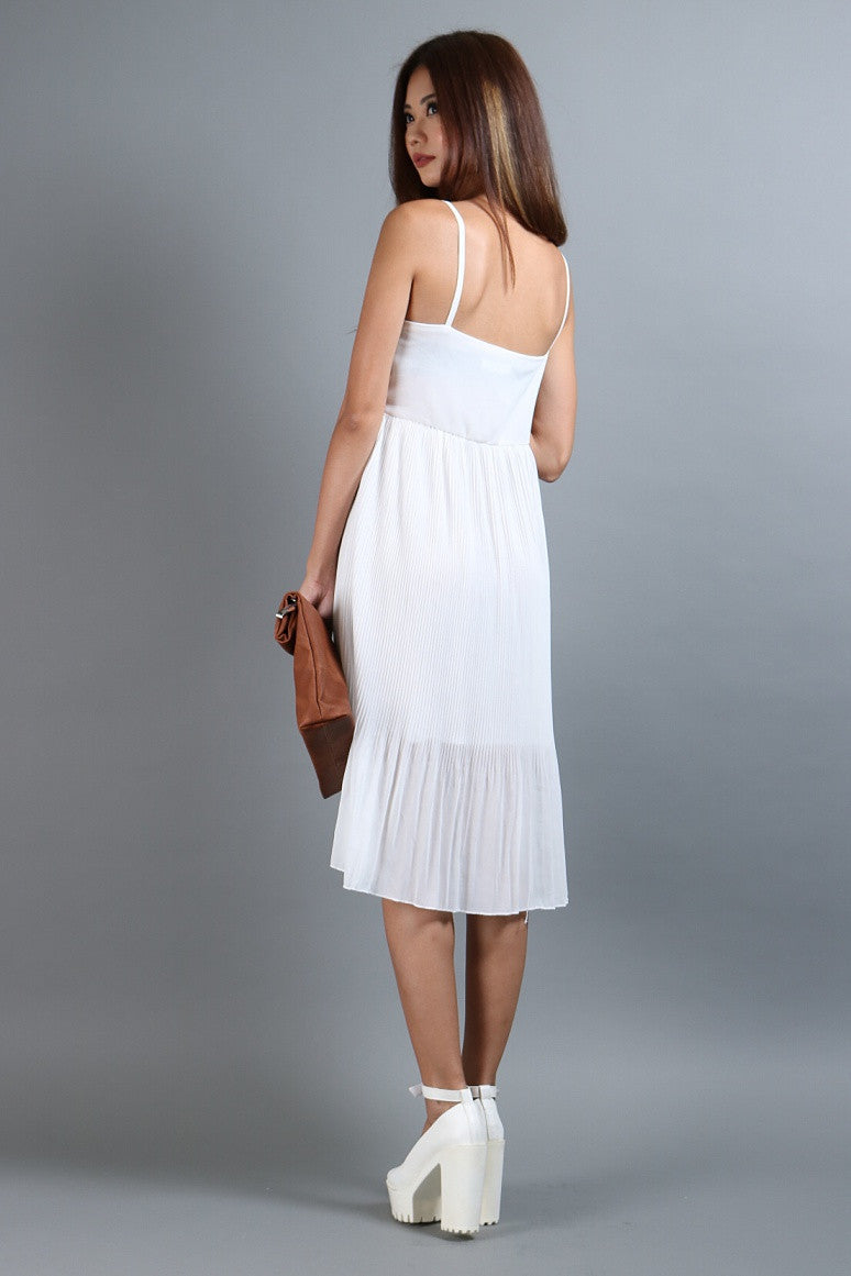 FLOWY PLEATS MIDI IN WHITE