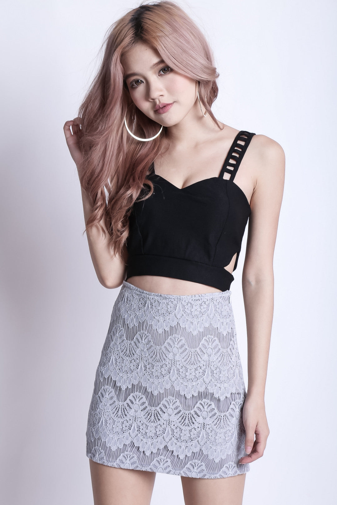 (RESTOCKED) RIGHT HERE RIGHT NOW LACE SKIRT IN GREY - TOPAZETTE