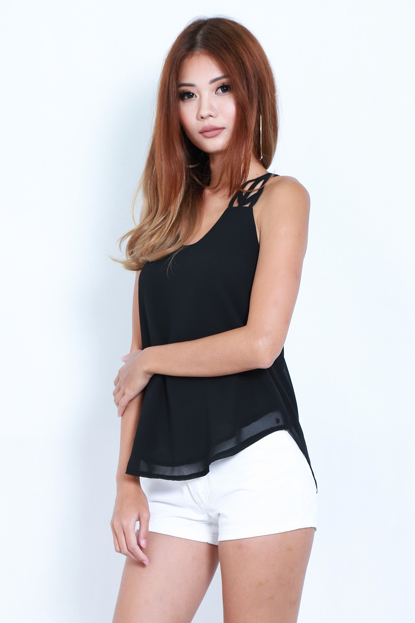 *TOPAZ* ALL IN THE DETAILS TOP IN BLACK - TOPAZETTE