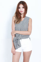 NASHVILLE STRIPES TOP IN BLACK - TOPAZETTE