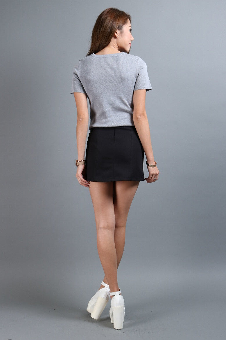 (RESTOCKED 6) STAPLE SKORTS IN BLACK - TOPAZETTE