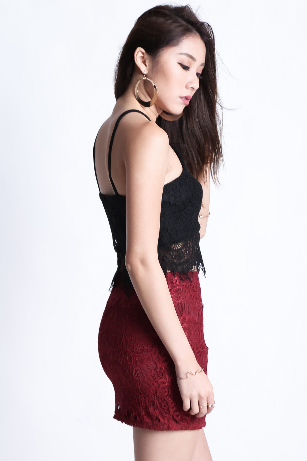 (RESTOCKED) RIGHT HERE RIGHT NOW LACE SKIRT IN WINE - TOPAZETTE