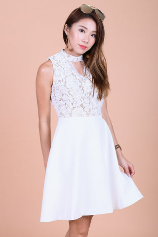 *TOPAZ* (PREMIUM) ARIANA LACE CHOKER DRESS IN WHITE