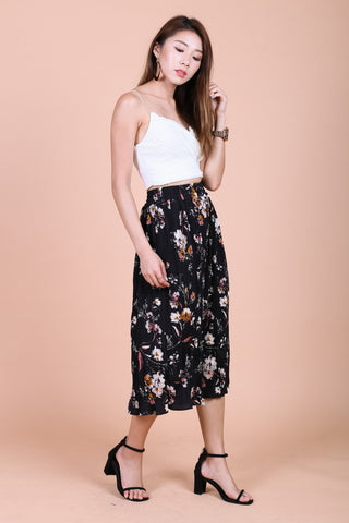 FLORAL PLEATED CULOTTES IN BLACK