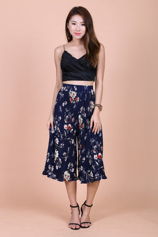 FLORAL PLEATED CULOTTES IN NAVY