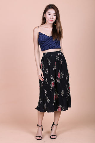 CAIA FLORAL PLEATED CULOTTES IN BLACK
