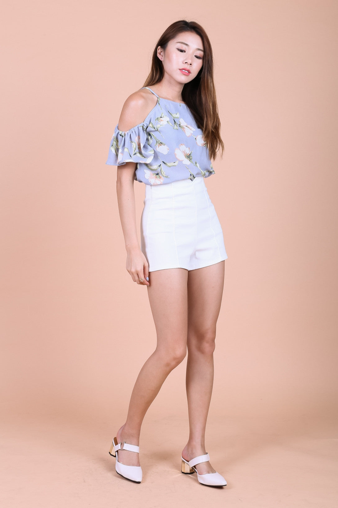 EVERYDAY HIGH WAIST SHORTS IN WHITE - TOPAZETTE