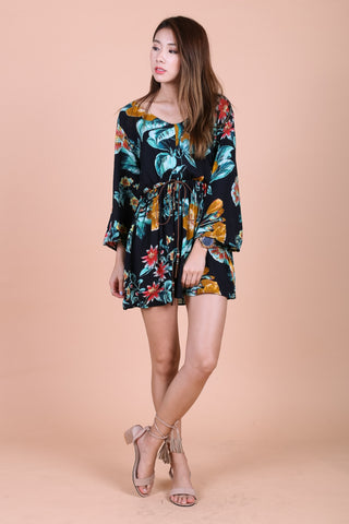 SPRING FLORAL DRESS IN BLACK