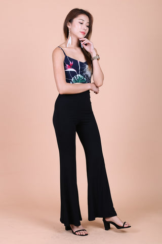FLOWY FLARE HIGH WAIST PANTS IN BLACK