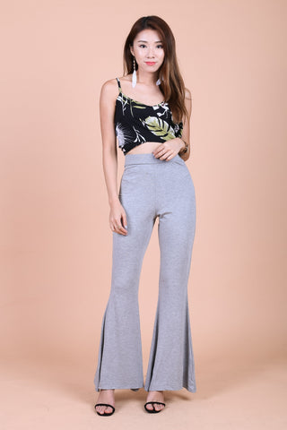 FLOWY FLARE HIGH WAIST PANTS IN LIGHT GREY