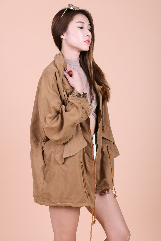 OVERSIZED EVERYDAY PARKA IN CAMEL - TOPAZETTE
