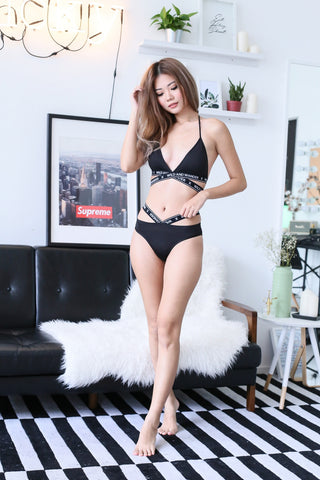 WILD X WANDER BRA SET IN BLACK
