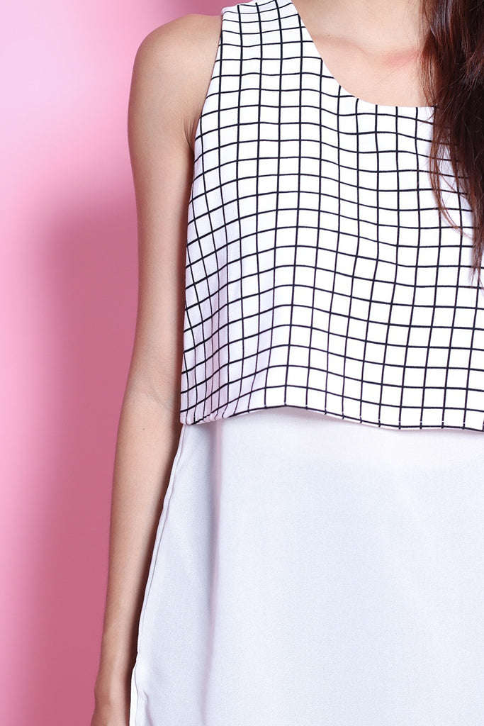 GRID MESH TOP IN WHITE