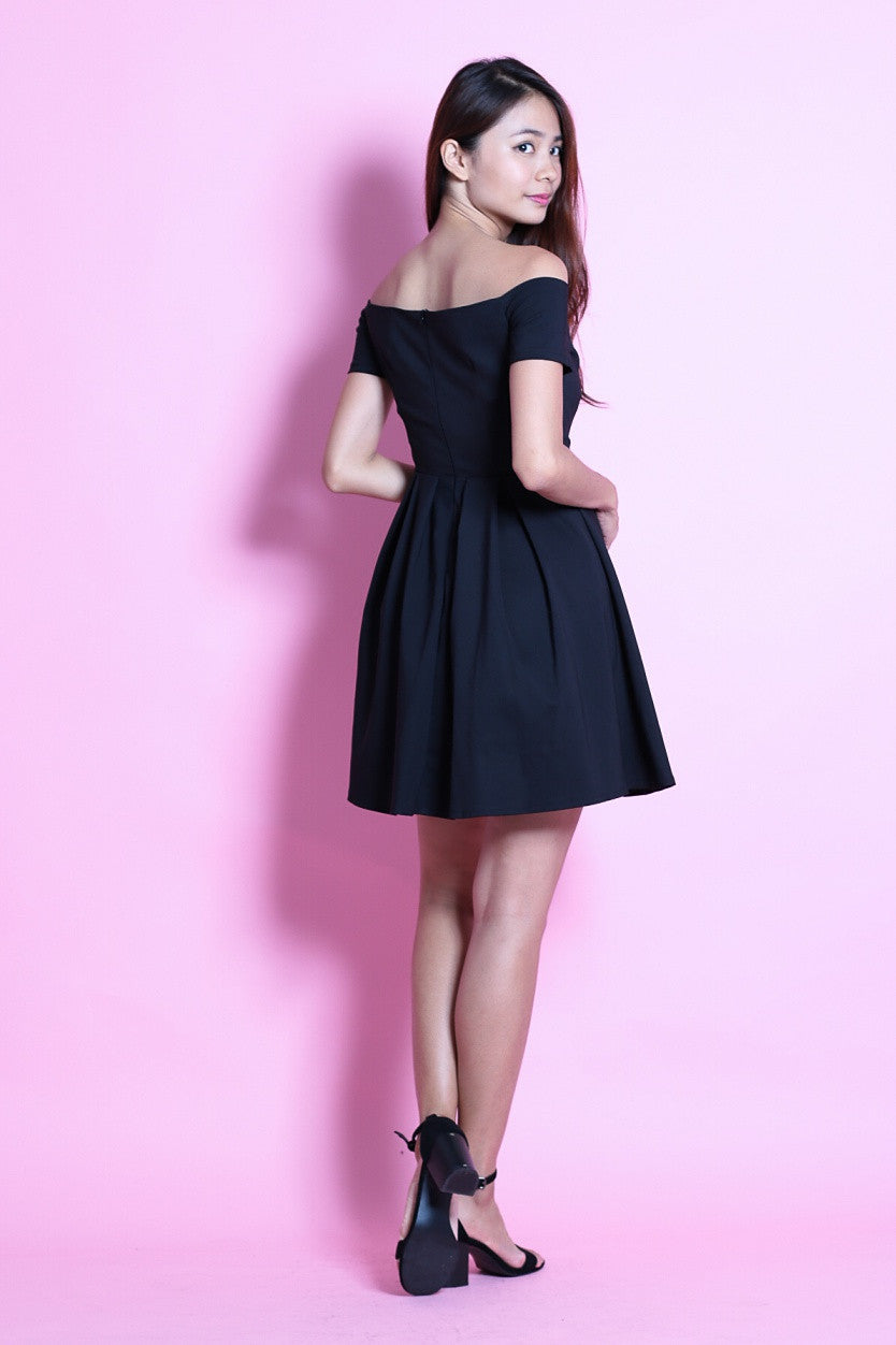 #MADEBYTPZ (PREMIUM) GRECIAN SKATER DRESS IN BLACK - TOPAZETTE