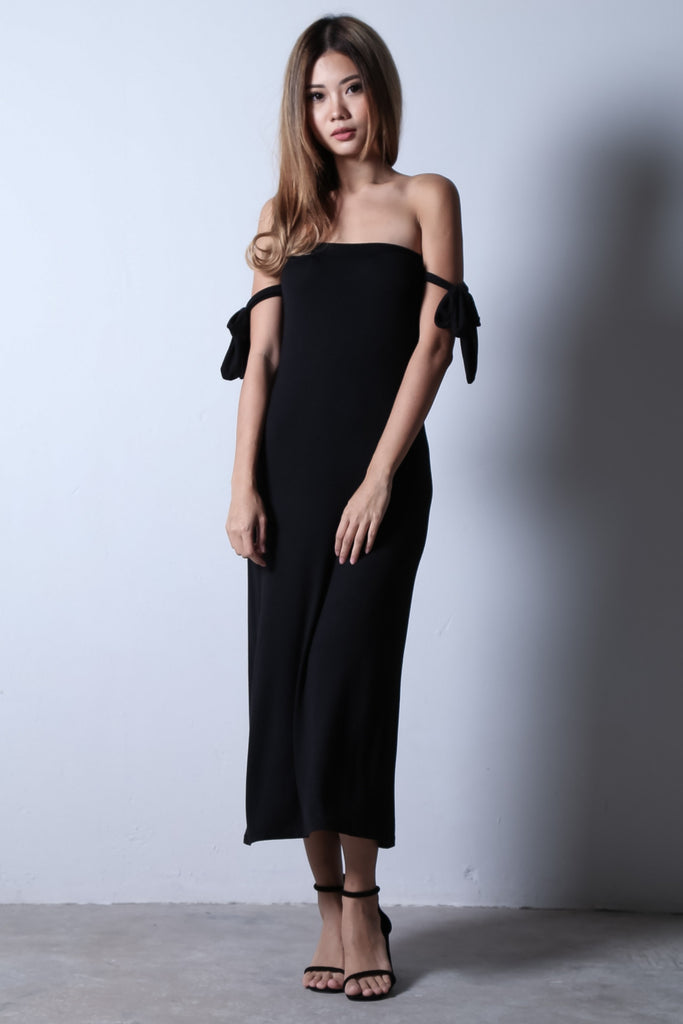 RIBBON OFFSIE MAXI IN BLACK - TOPAZETTE