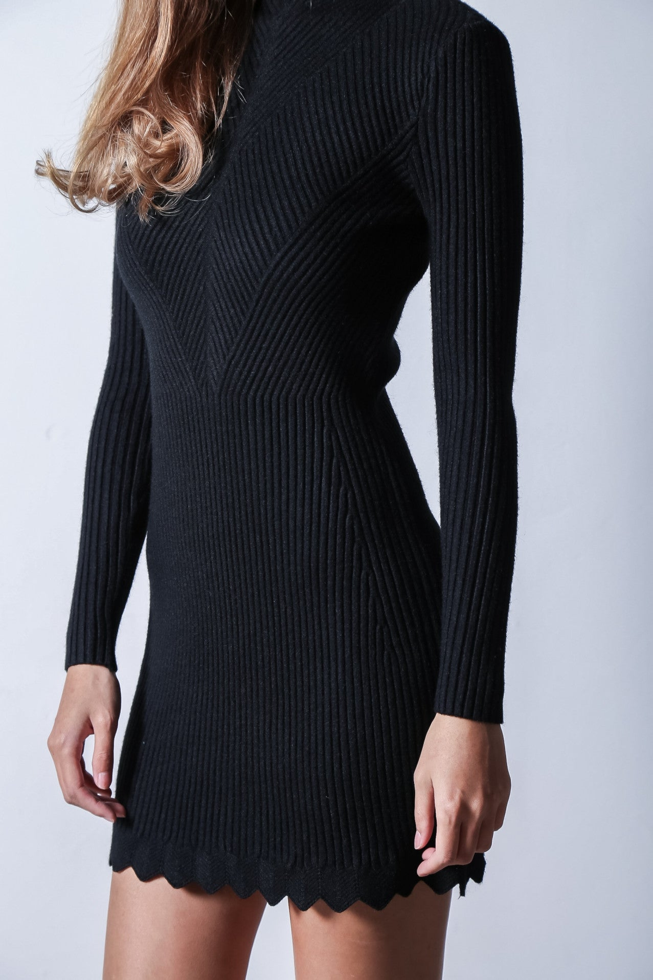 KALE SCALLOP KNIT DRESS IN BLACK - TOPAZETTE