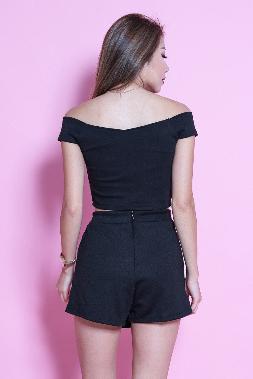 OFFSIE CROP + WESTWOOD SKORTS SET IN BLACK - TOPAZETTE