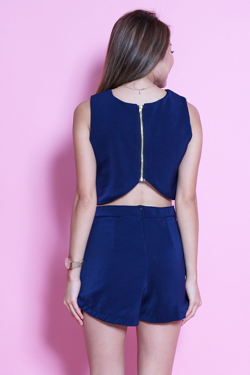 GLAMOUR CROP + SHORTS SET IN NAVY