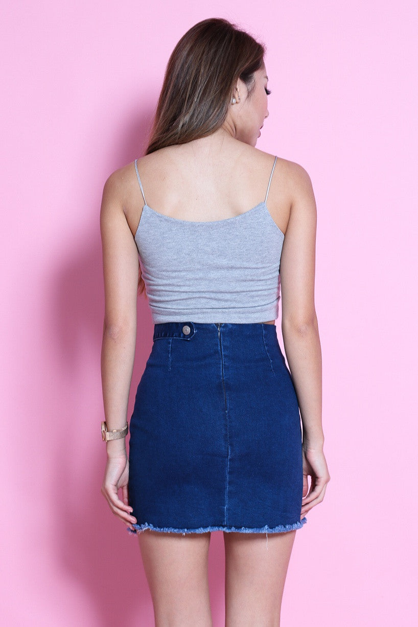 FRAYED DENIM SKIRT IN DARK BLUE - TOPAZETTE