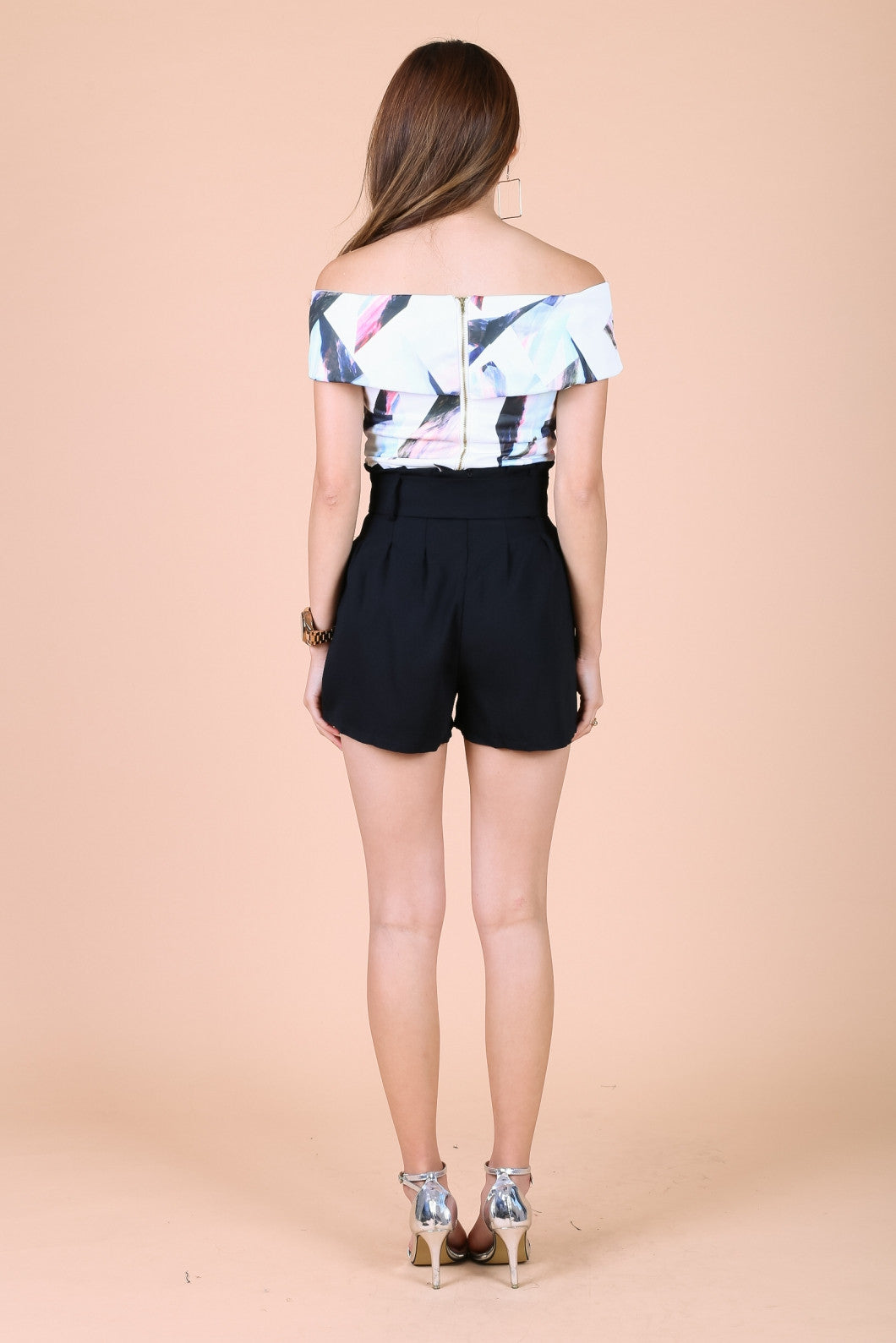 PAPERBAG SHORTS WITH BELT IN BLACK