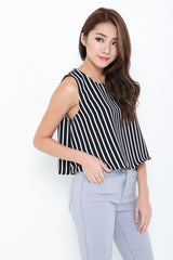 LINES TRAPEZE CROP TOP IN BLACK