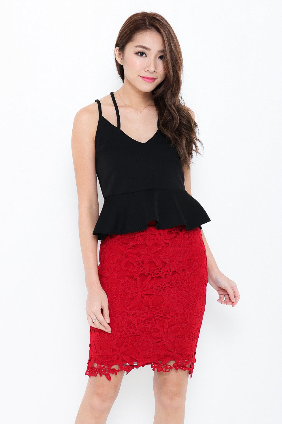 PEPLUM CRISS CROSS TOP IN BLACK - TOPAZETTE