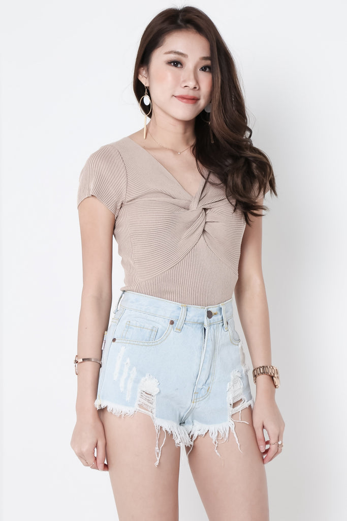(RESTOCKED) MADE FOR YOU RIPPED DENIM SHORTS IN LIGHT WASH - TOPAZETTE