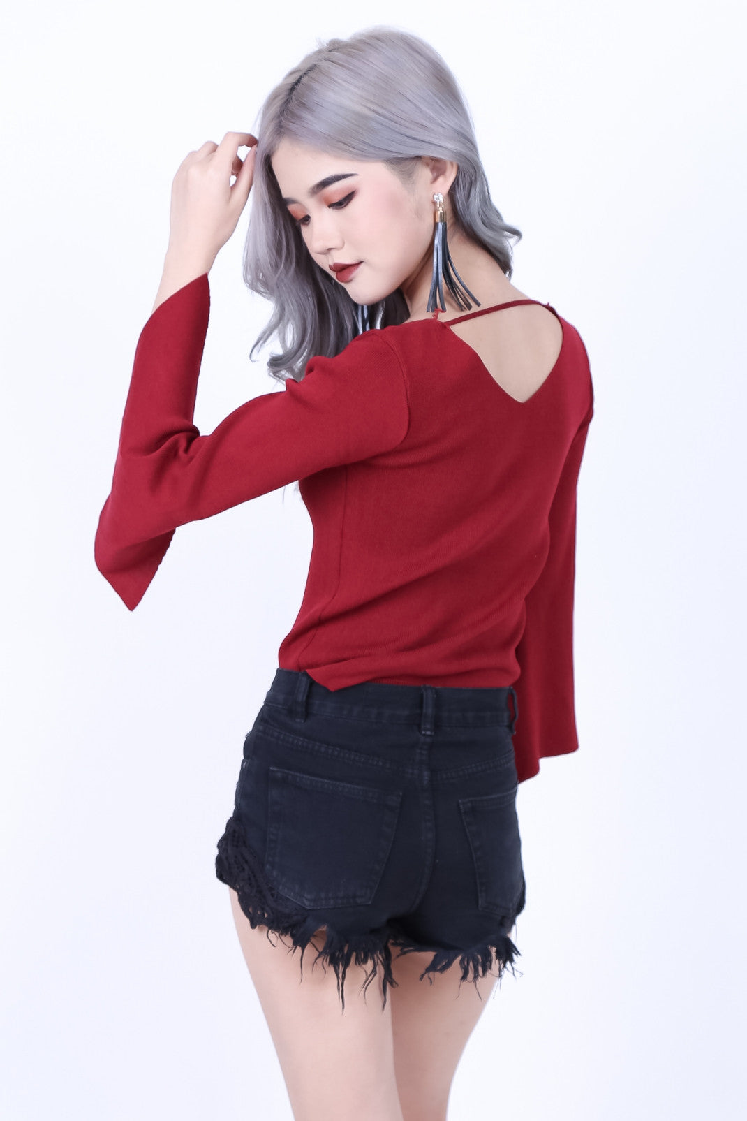 WALK THE LINE KNIT TOP IN WINE
