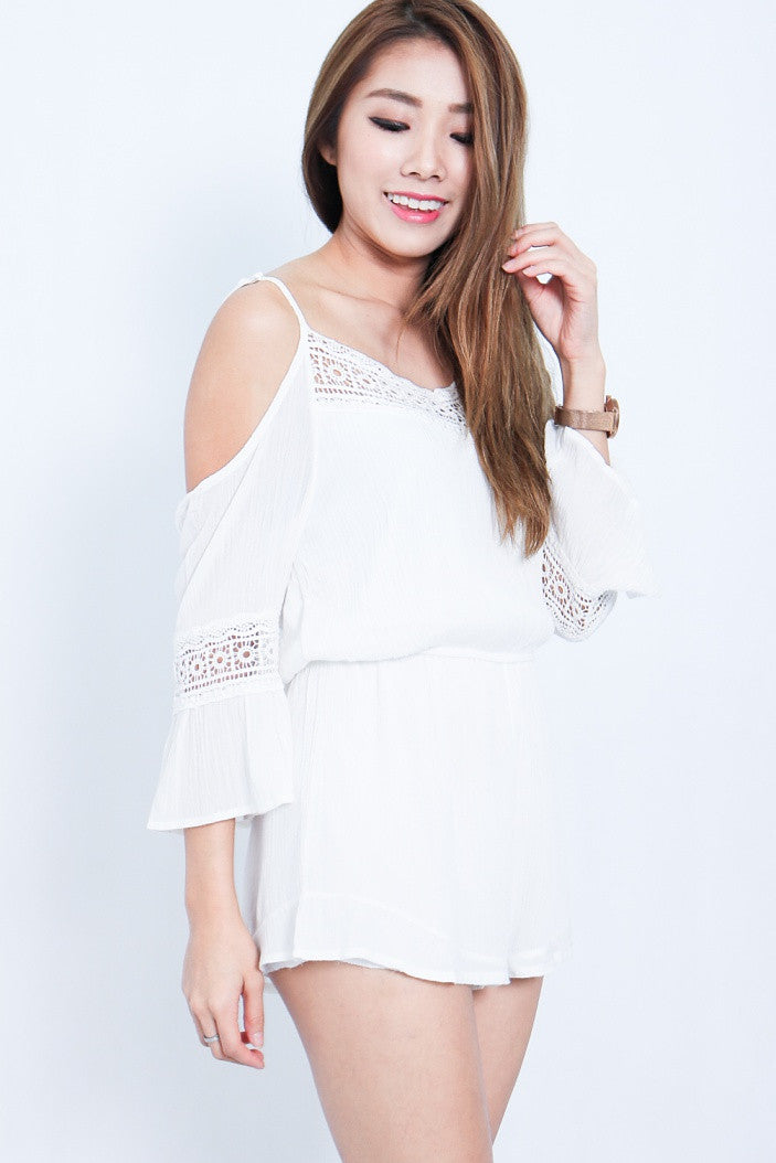 (RESTOCKED) DAY AT THE BEACH ROMPER IN WHITE - TOPAZETTE