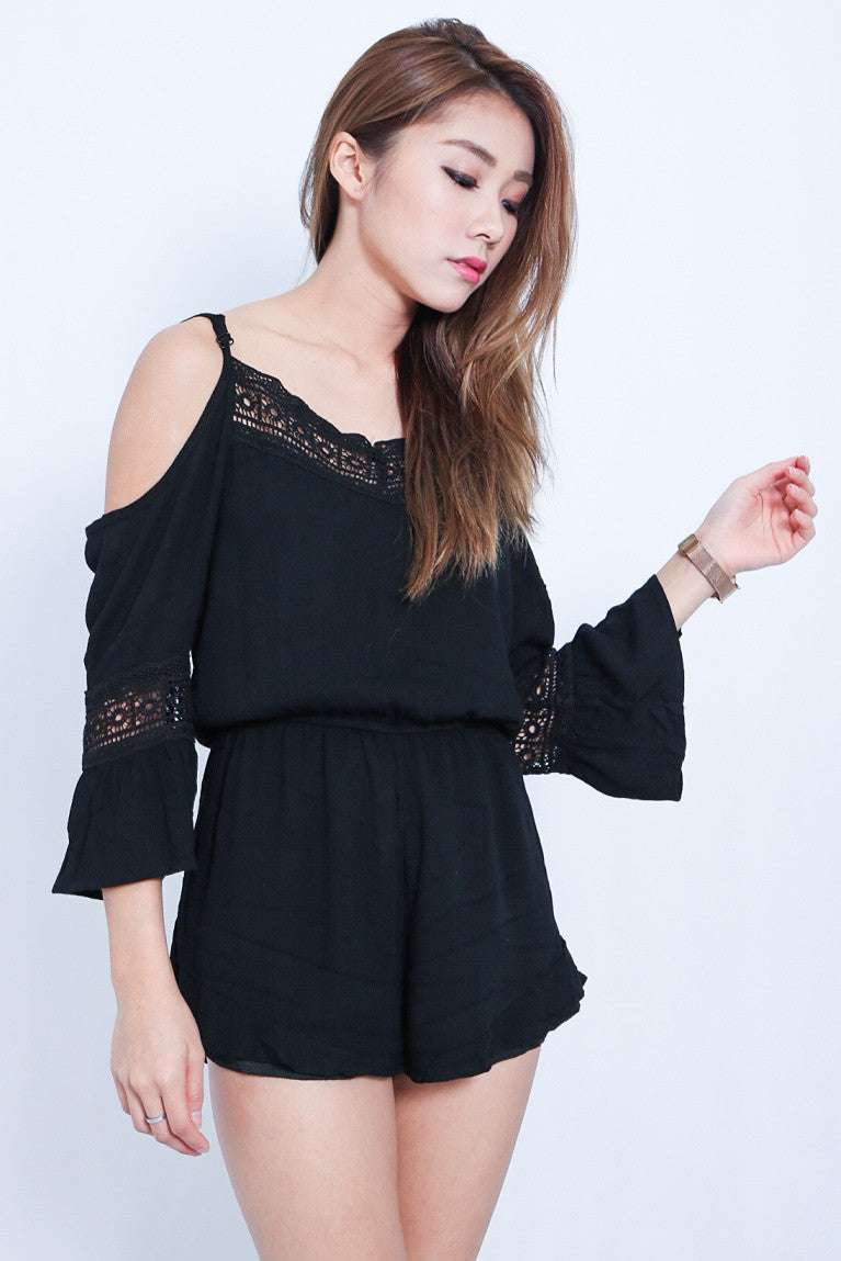 (RESTOCKED) DAY AT THE BEACH ROMPER IN BLACK - TOPAZETTE