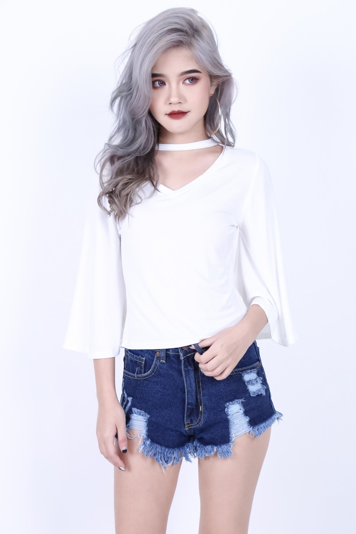 CHOKER BELL SLEEVES TOP IN WHITE - TOPAZETTE