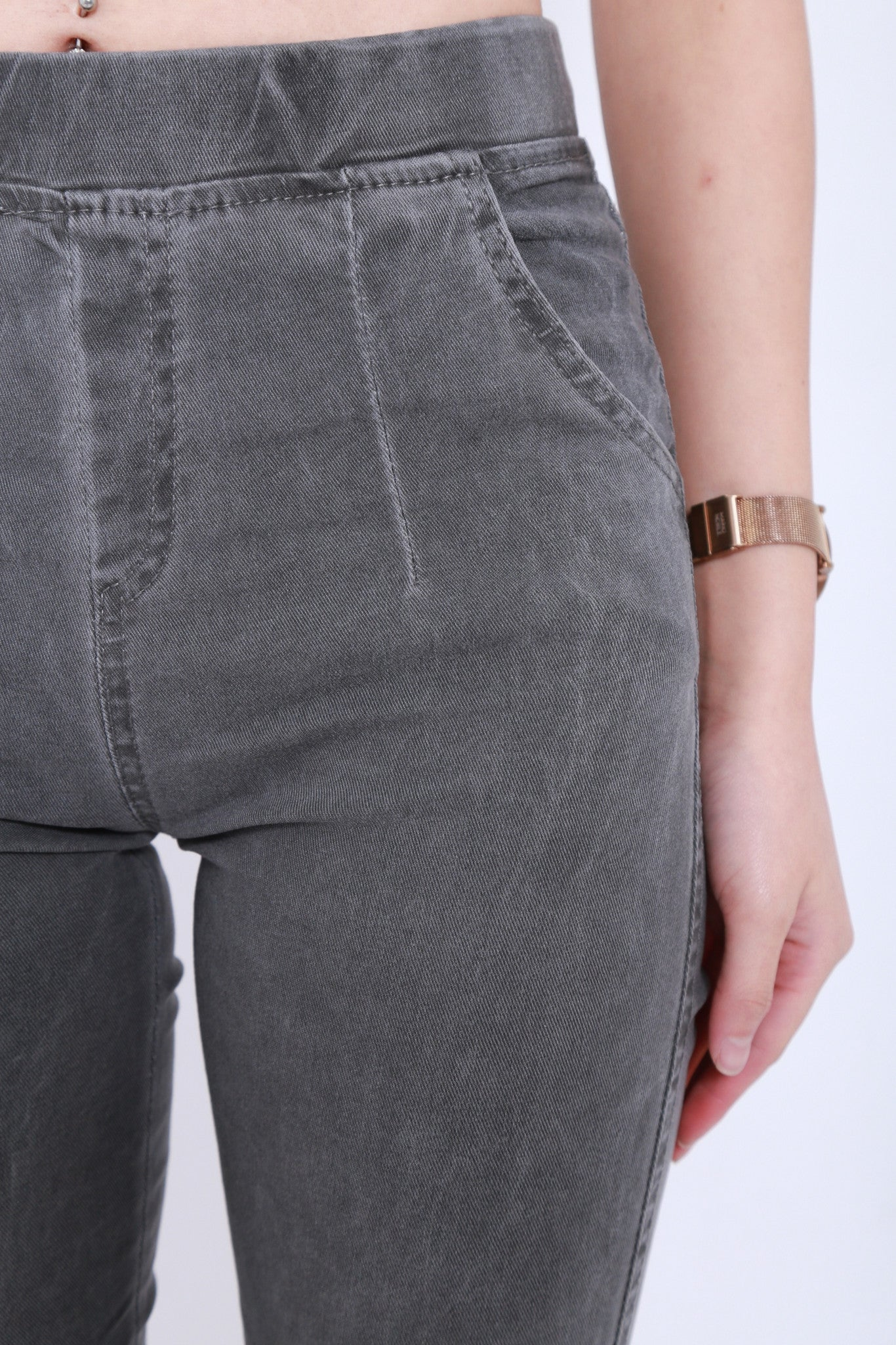 *RESTOCKED* CLASSIC STRETCHY JEGGINGS IN GREY