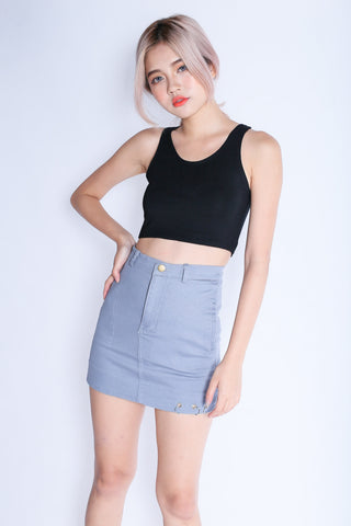 *BACKORDER* SUPER CROP BASIC TOP IN BLACK